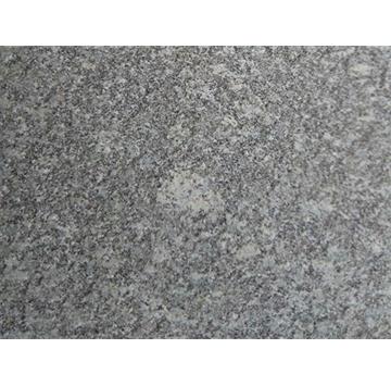 """芝麻黑是著名的花岗岩石种之一,可以作为板材、地铺、台面、雕刻、工程外墙板、室内墙面板、地板、广场工程板、环境装饰路沿石等各种建筑和庭园石材的材料。  三和石材厂本着""""客户至上 诚信经营""""的原则,与多家 企业建立了良好的合作关系 .真诚欢迎各界朋友来电,来人参观、考察、洽谈业务 。"""