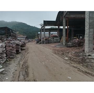 本厂矿一体主营:寿宁红.福寿红.鸡血红.贵妃红.木纹红.豆沙红(荔枝面,火烧面,自然面,园林工程,大量毛板,荒料)联系电话☎️13858818756