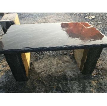 黑色板岩又称青石板,是比较常用的板岩产品之一,黑色板岩易于加工厚度不等的薄板,以前经常用于花园、别墅小院、公园中的地面、屋顶瓦片等  。因其古朴自然,现代家装中将其用于局部墙面、地面装饰,返朴归真的效果深受人们的喜爱。黑色板岩取其劈制的天然效果,表面一般不经打磨,  也不受力,帮挑选时只要没有贯通的裂纹即可使用。  天弘石材常年供应品质优良的板岩,产品远销欧美等地,深受广大客户的好评! 电话:13361729532 联系人:吴先生 QQ:1090489537