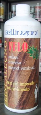 "Velo是一個理想和常用的洗滌劑,它可以清理漆木和任何類的地板,以及壓膠的和自然木頭。Velo最宜作""快速""地板維護,因為它的專屬方程式有清潔和擦亮雙重功效。能加深顏色和增加光亮,防止因每天踐踏造成的..."