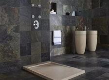 精致的石材装修,浴室是标配